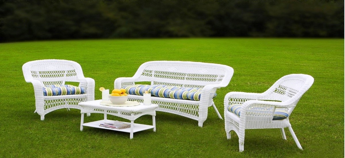 What to Consider When Selecting Patio Furniture