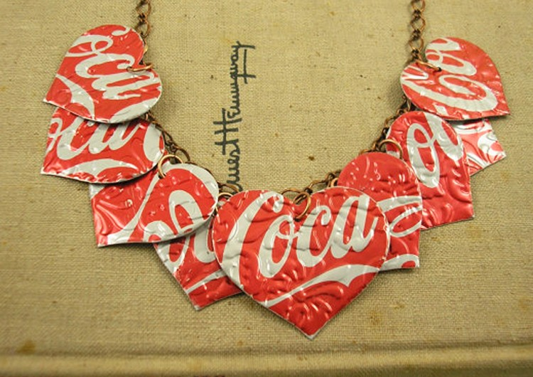 Attractive DIY Recycled Jewelry
