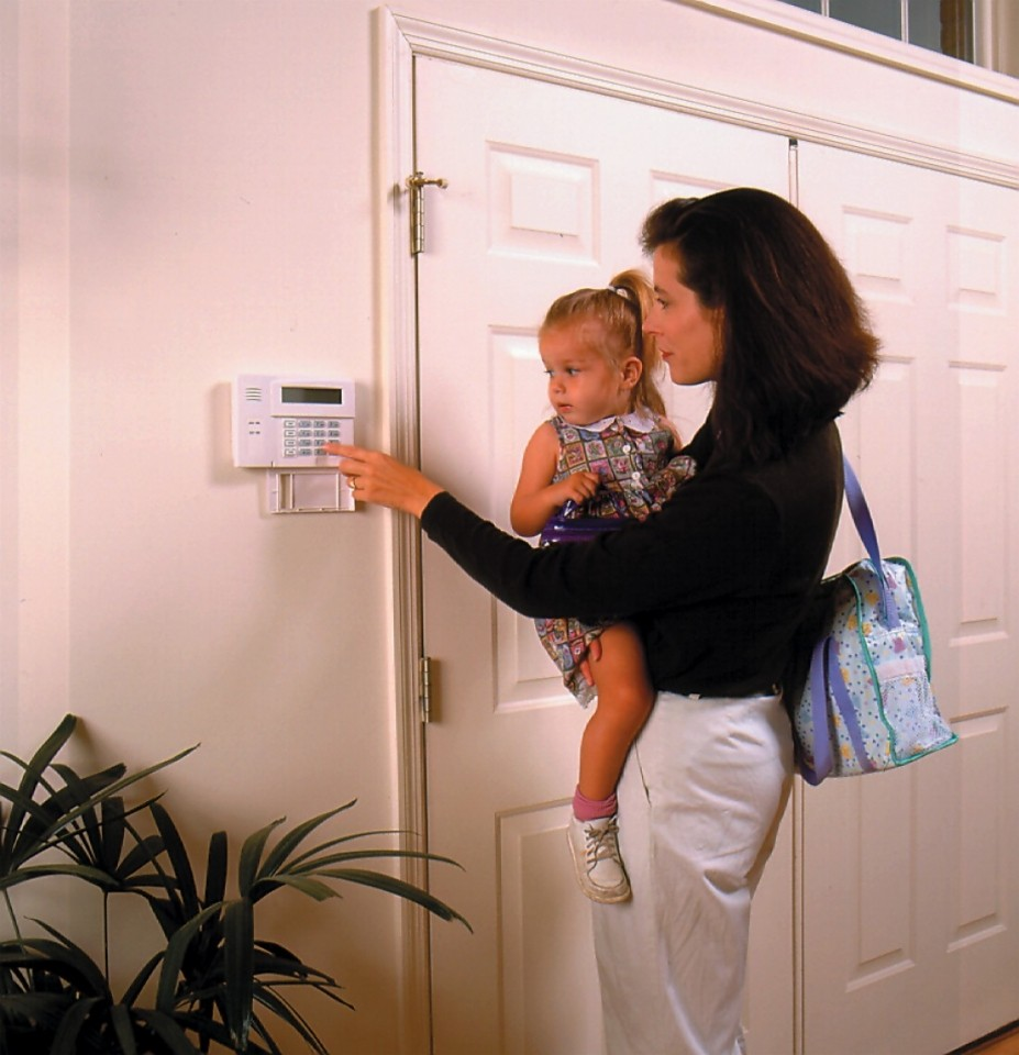 Home Security Tips for Keeping Your House and Family Safe