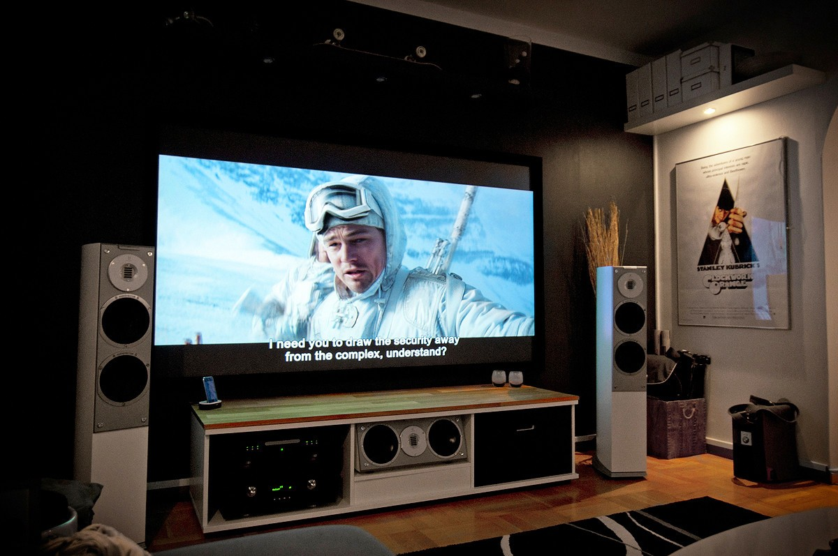 Surprising Ways You Can Design Your Own Personal Home Theater on a Very Tight Budget