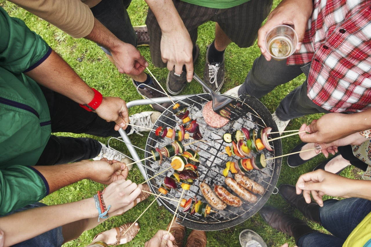 MAKING HOME BARBECUES A FRIENDLY, COMMUNITY COMPETITION
