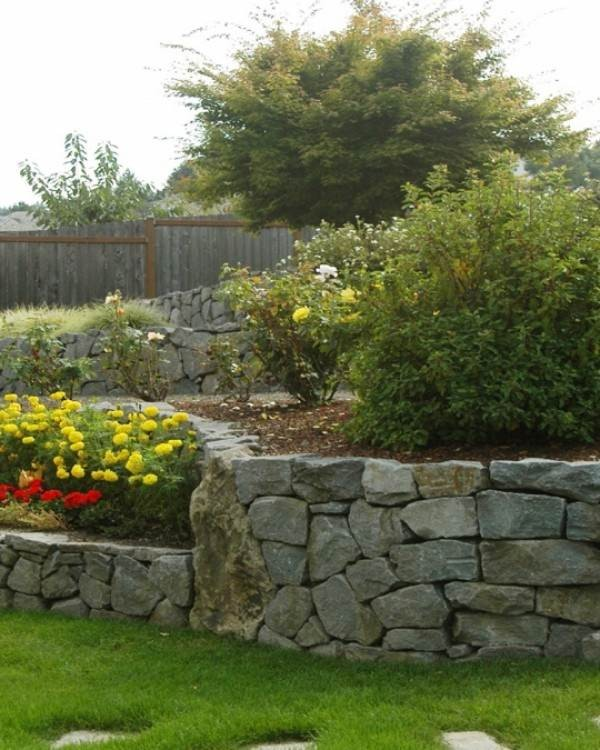 Factors to Consider when Landscaping a Slope