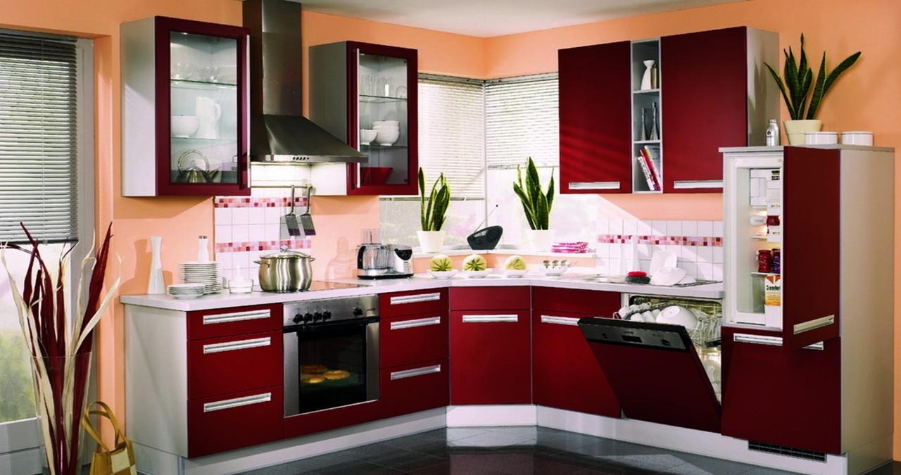 How to Apply Bold Paints for the Kitchen
