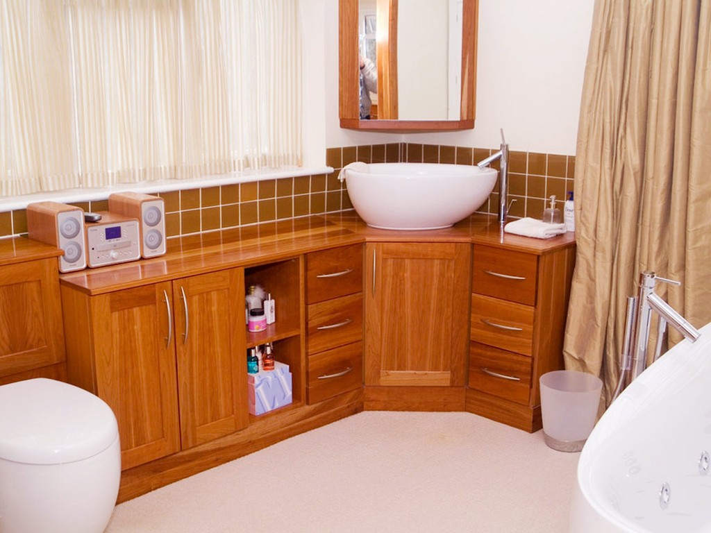 Tips for Bathroom Cabinets
