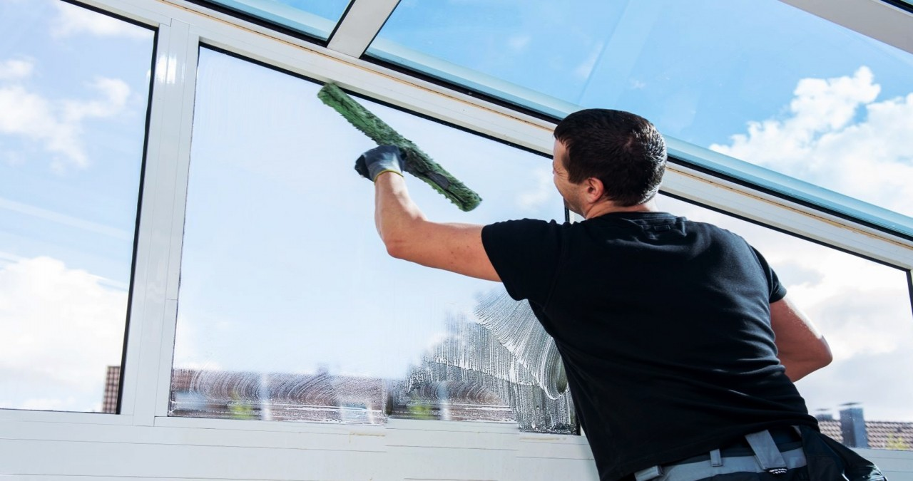 Why Homeowners Need a Professional Cleaning Service