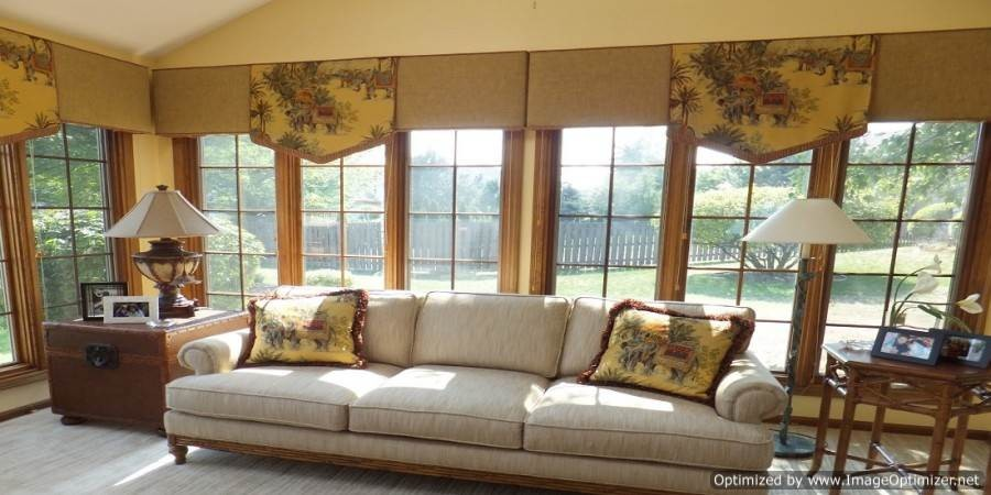 Matching sofa pillows with window treatments