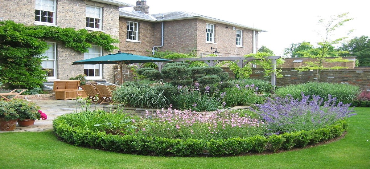 Basic landscape ideas for beautiful gardens and lawns