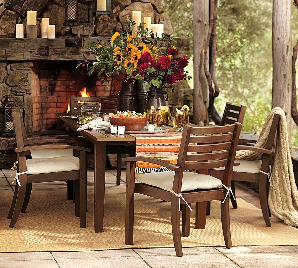 Barn wood Elegance: Not-so-Shabby Chic for Exurban Backyards